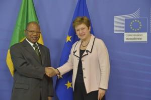 Il primo ministro maliano Diango Cissoko con il commissario Kristalina Georgieva
