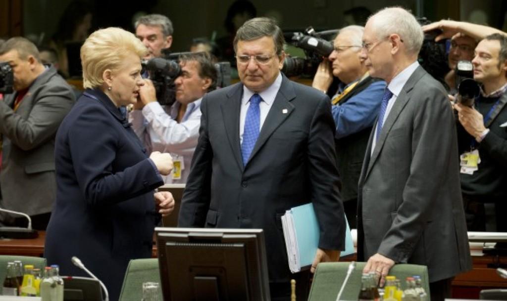 La presidente lituana Dalia Grybauskaitė con Barroso e van Rompuy