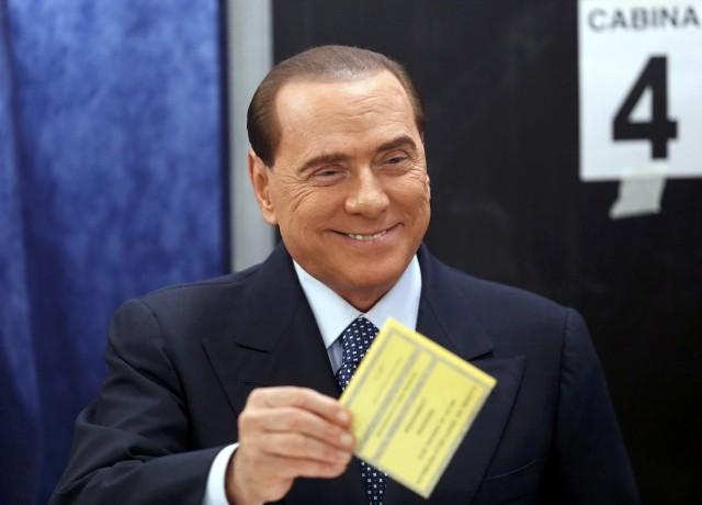 <b>Berlusconi</b> candidato all&#39;estero? È possibile, ma solo se acquisisce <b>&#8230;</b>