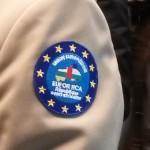 Il logo della missione cucito sulla divisa del generale Pontiés