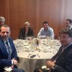 Il Parlamento europeo indaga sulle spese di Salvini e Le Pen: cene da oltre 400 euro a testa