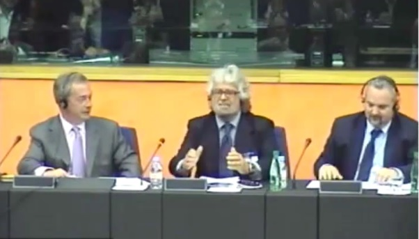 Grillo al parlamento europeo non date soldi all 39 italia for Streaming parlamento