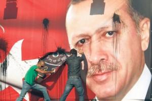Erdogan strappato