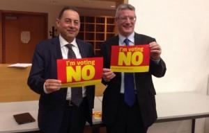 Gianni Pittella con l'europarlamentare laburista scozzese David Martin