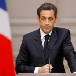 Sarkozy ritorna in corsa per le presidenziali e parte prendendo la guida dell'Ump