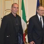 Grecia, Padoan: fuori luogo ipotesi uscita dall'euro, si cercherà soluzione condivisa