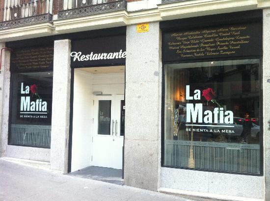 Un ristorante Mafia
