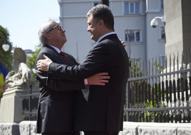 Juncker Poroshenko