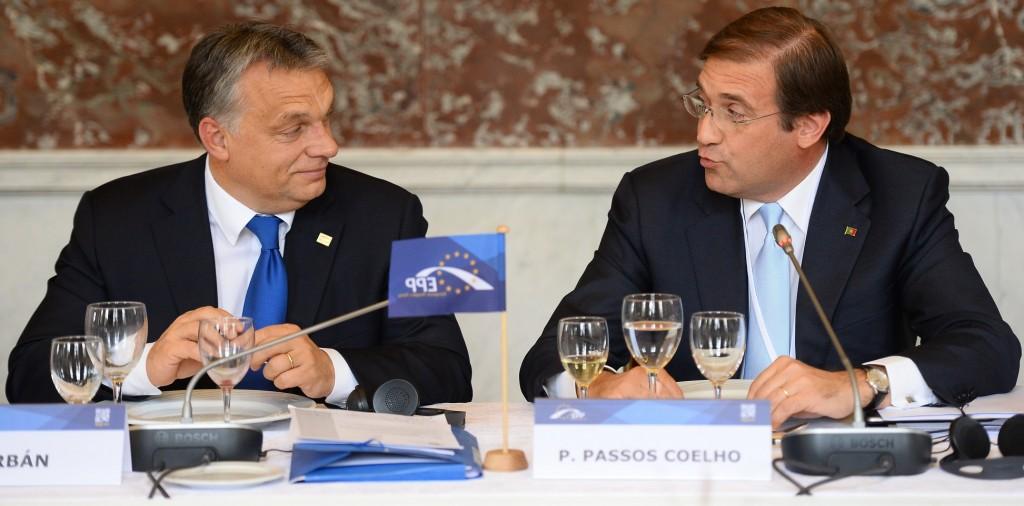 Orban a un summit del Ppe con passos Coelho