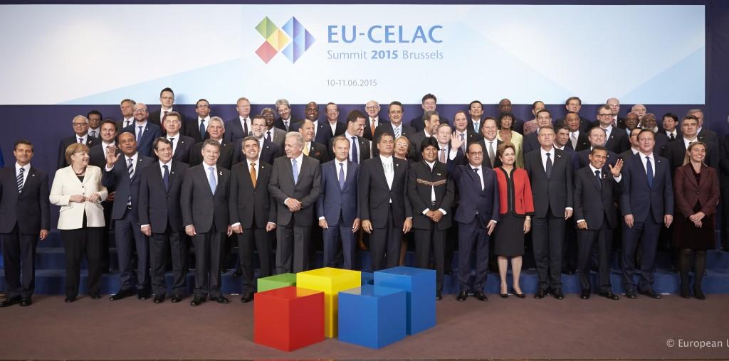 La foto di gruppo del vertice Ue-Celac - foto Consiglio Ue