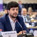 Migranti, approvato rapporto Benifei (Pd) sull'integrazione lavorativa dei rifugiati