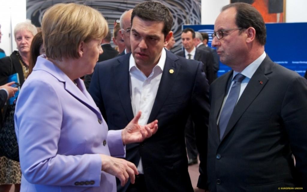 Merkel, Tsipras e Hollande discutono a margine del Consiglio europeo - foto Consiglio Ue