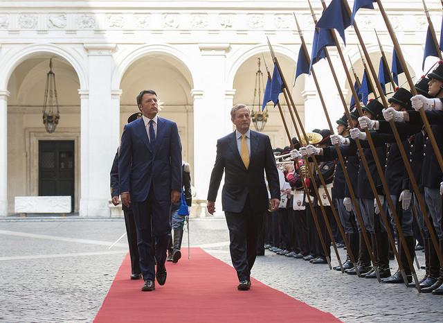 Il premier italiano Matteo Renzi riceve l'omologo irlandese Enda Kenny (Fonte: Palazzo Chigi)