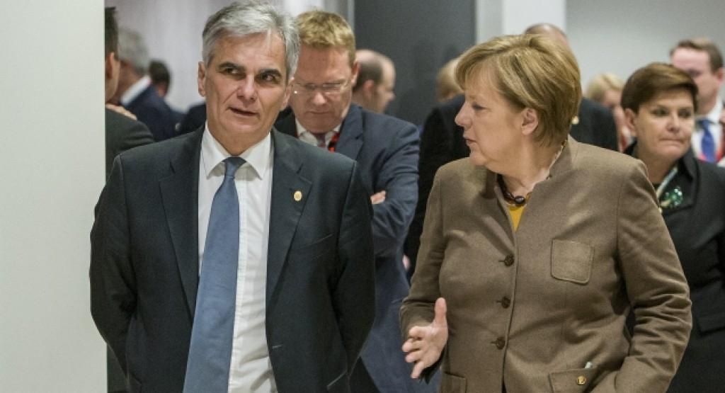 Il cancelliere austriaco Faymann e la cancelliera tedesca Merkel - foto Consiglio Ue