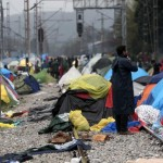 Migranti, via allo sgombero del campo di Idomeni