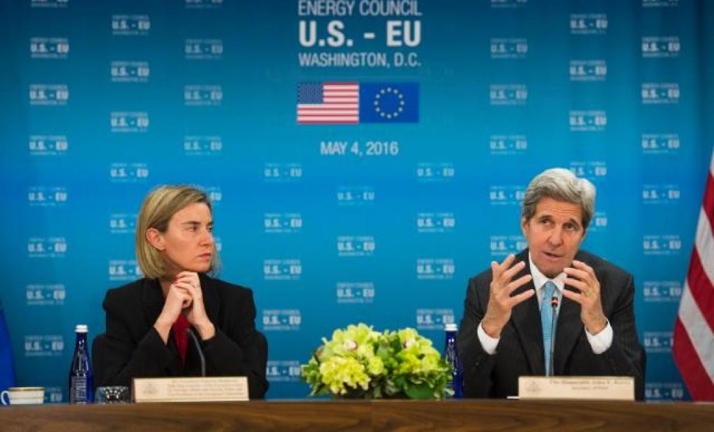 Mogherini e Kerry