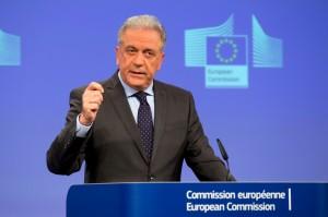 Dimitris Avramopoulos, 62 anni, commissario europeo per le migrazioni
