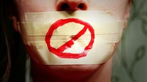 discorsi d'odio, incitamento all'odio, razzismo, xenofobia, violenza