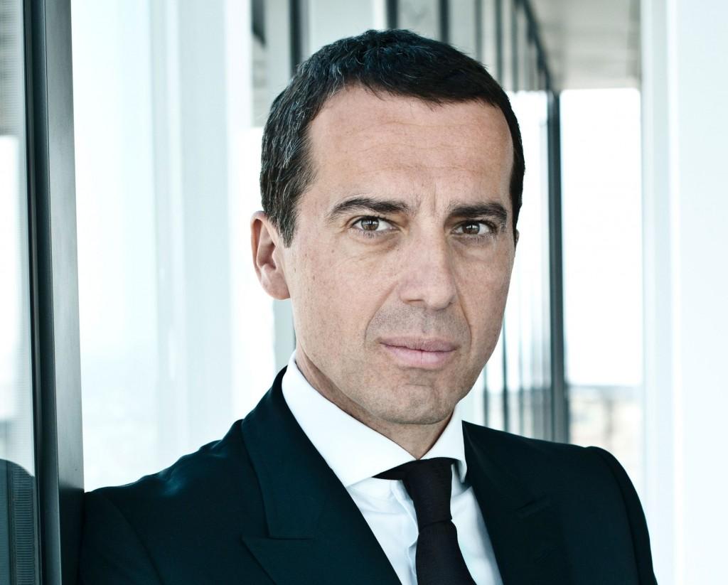 Christian Kern, 50 anni, è l'attuale direttore generale delle ferrovie austriache