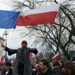 Da Bruxelles nuovo avvertimento ufficiale alla Polonia sullo stato di diritto