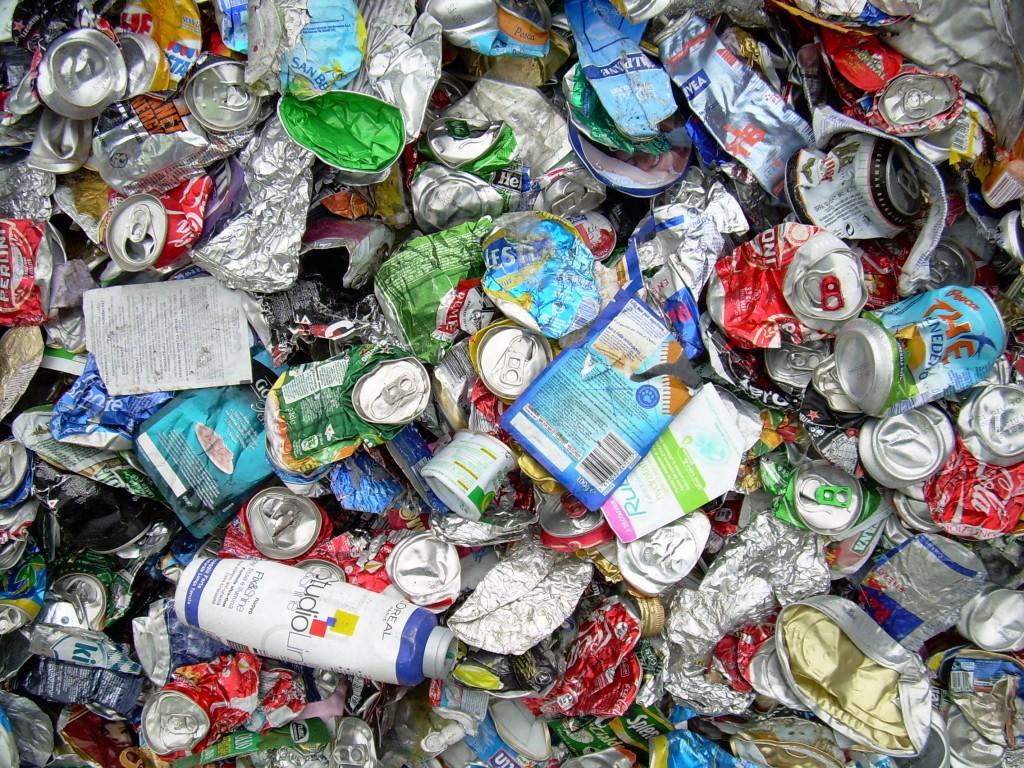 L'alluminio è un materiale di infinita riciclabilità e questo comporta un enorme risparmio energetico