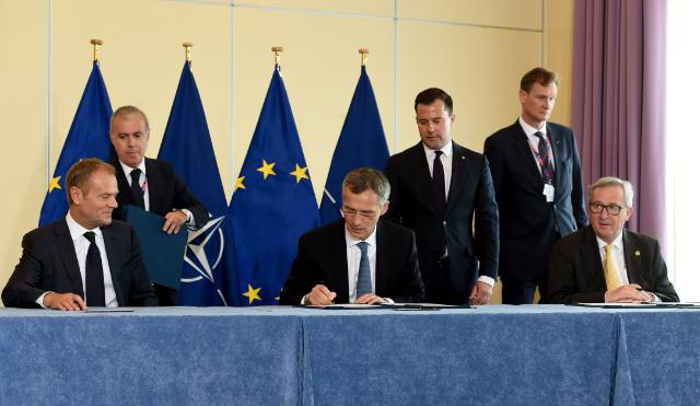Vertice di Varsavia: missione Nato in Afghanistan oltre il 2016