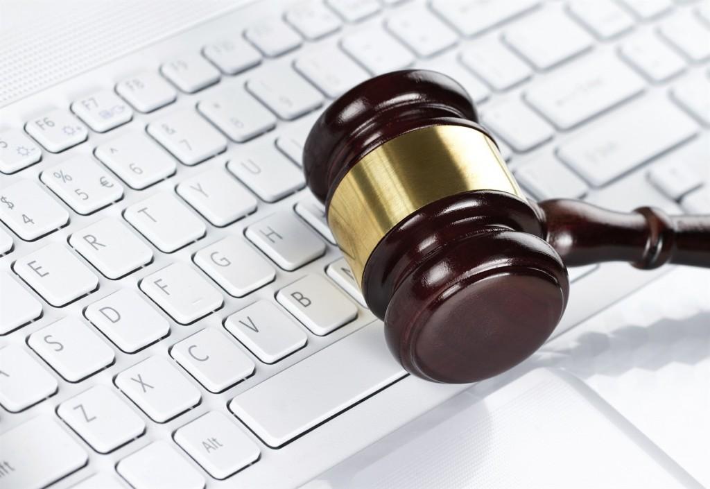 """In Svezia e Regno Unito gli operatori delle telecomunicazioni devono conservare i dati delle comunicazioni elettroniche. Questo per la Corte di giustizia Ue è """"compatibile con il diritto Ue"""""""