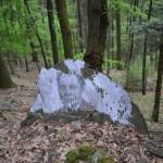 Montanino (Toscana), Alpi apuane, anello della Linea Gotica del 1944. Qui sono ancora visibili le postazioni militari costruite dai tedeschi