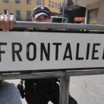 La Svizzera ferma i lavoratori frontalieri. A rischio i rapporti con l'Ue