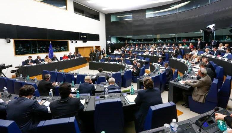 L'audizione dei commissari Katainen e Cretu - © European Union 2016 - Source : EP