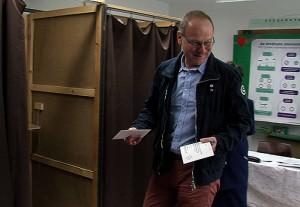 navracsics referendum