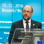 Schulz minaccia