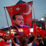L'UE organizza una visita in Turchia in pompa magna. Forse è troppo