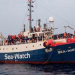 Sea-watch 3, Avramopoulos: più solidarietà da parte degli Stati europei