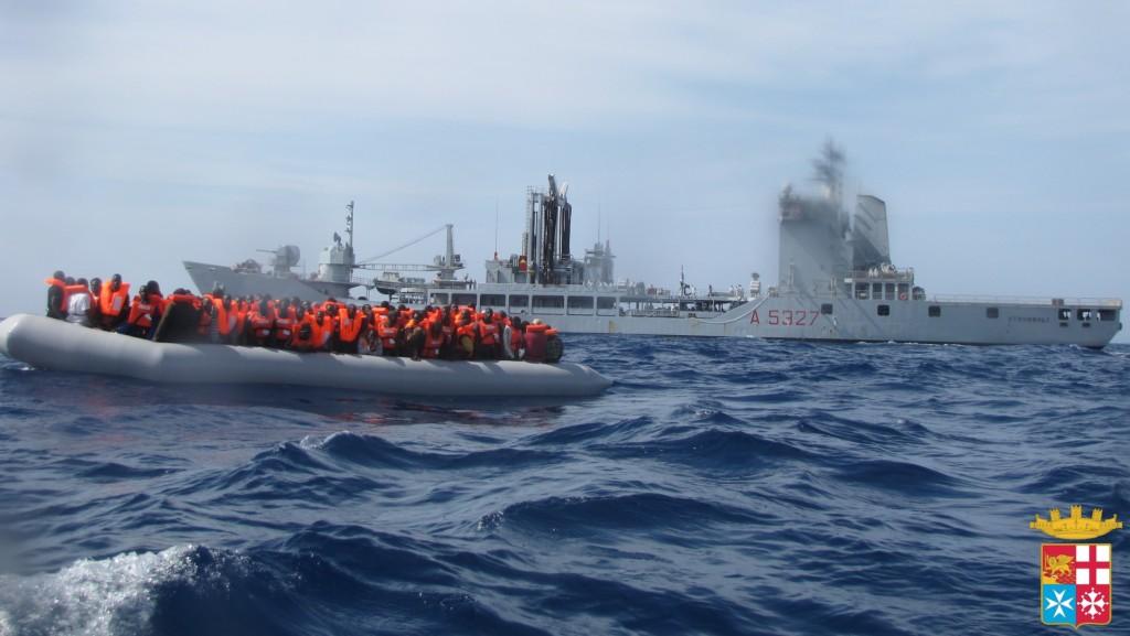 Triton, porti, salvataggi, migranti, immigrati