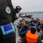 Migranti, Juncker offre a Gentiloni soldi e una squadra Ue per asilo e rimpatri