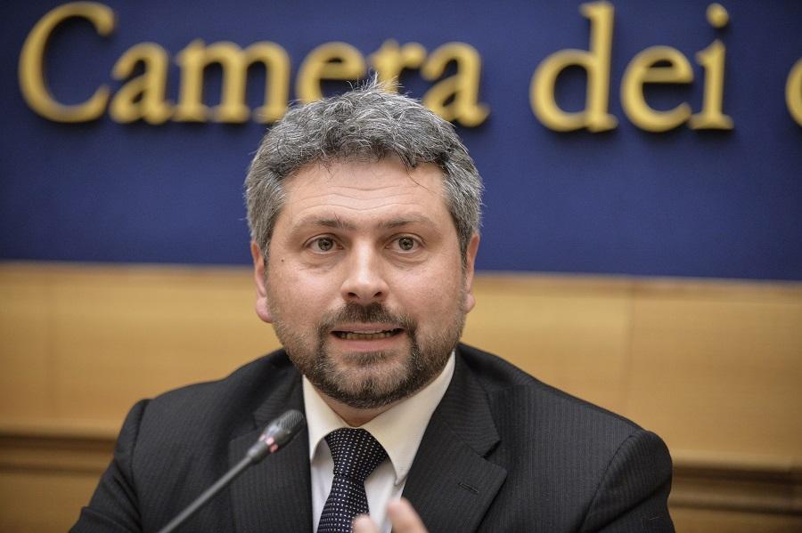 Discorso Camera Villarosa : Caos m s alla camera nuove espulsioni altri tre parlamentari