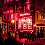Amsterdam, il quartiere a luci rosse potrebbe traslocare