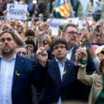 Catalogna, Puigdemont incriminato per ribellione e sedizione scappa a Bruxelles