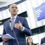 Moscovici: l'Italia deve adottare una legge di bilancio credibile