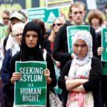 Quasi dimezzate le domande d'asilo nell'Unione europea