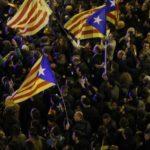 Puigdemont arrestato in Germania, scontri tra indipendentisti e polizia in Catalogna
