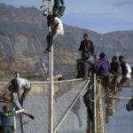 Ceuta, 6.000 migranti sbarcano dal Marocco. Per il primo ministro spagnolo Sánchez è