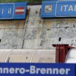 Al M5s l'Austria piace meno che a Salvini: