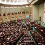 Scatta la procedura d'infrazione Ue contro la Polonia per violazione dello stato di diritto