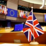 Brexit, Parlamento UE dà il via libera all'accordo commerciale con il Regno Unito. Ma la plenaria può attendere