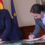 Pedro Sànchez firma un patto con Podemos e scommette sul governo di sinistra