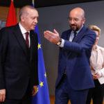 Erdogan a Bruxelles: accordo sui migranti resta valido, con Ankara