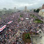 Bielorussia, migliaia in piazza per la democrazia. Borrell: