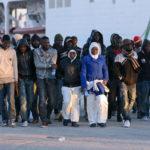 Solidarietà obbligatoria, ma non i ricollocamenti: il (quasi) nuovo patto per l'immigrazione della Commissione UE